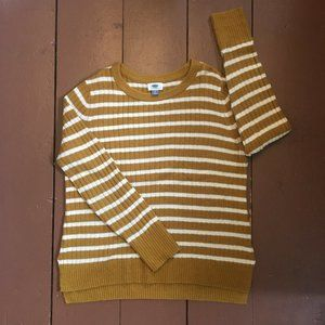 🟪 Old Navy Cozy Crewneck Sweater